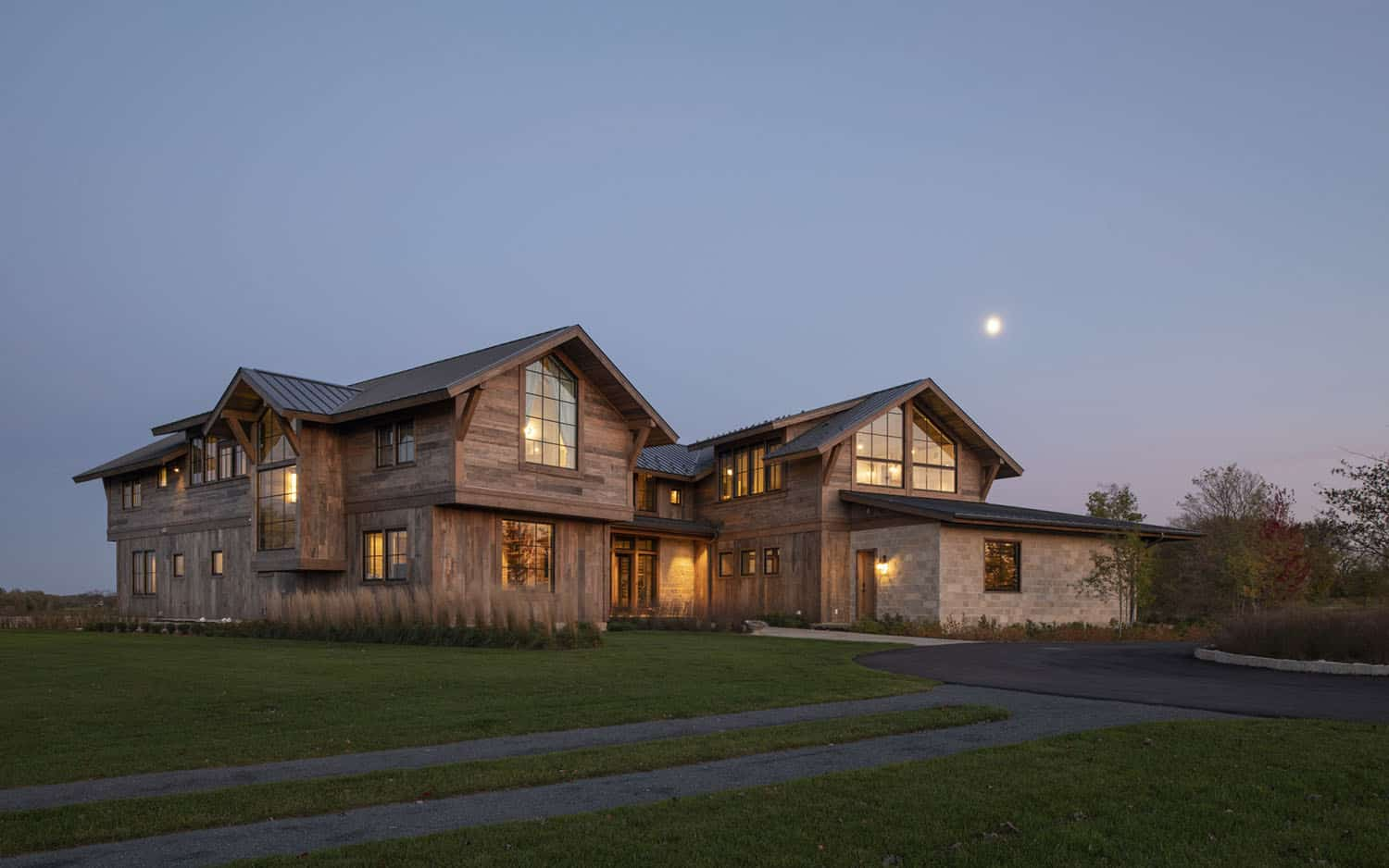 modern-rustic-house-exterior