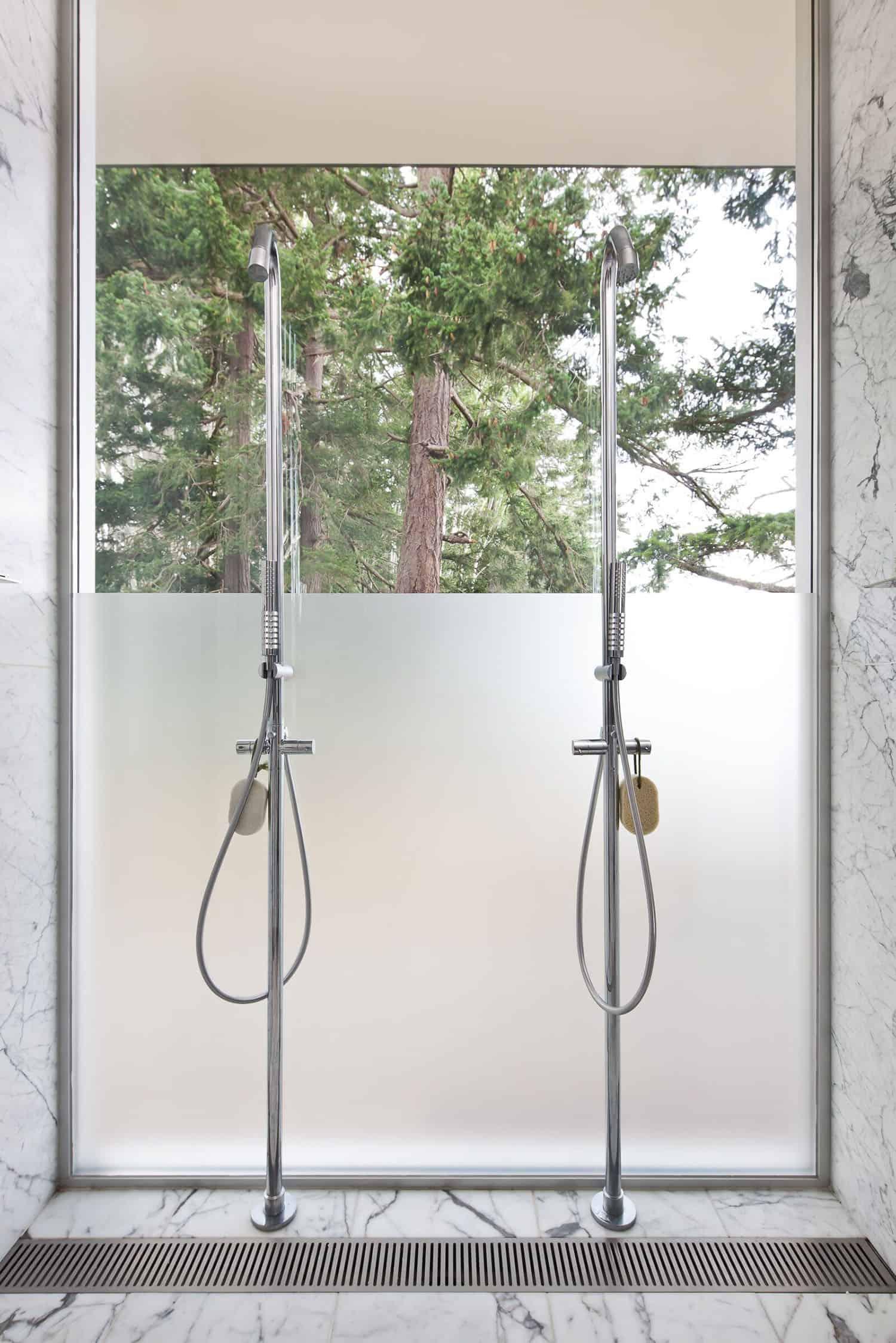 contemporary-bathroom-shower