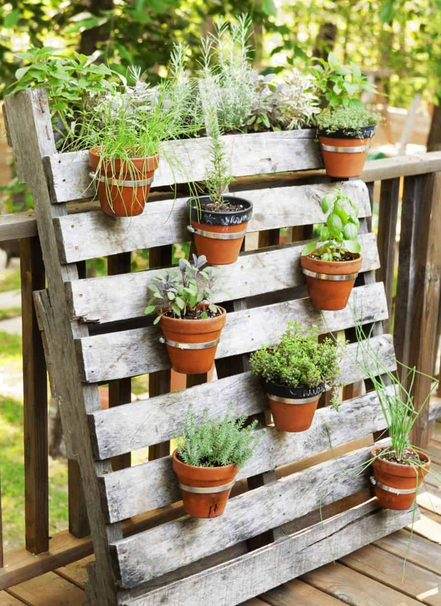 21 Spectacular Recycled Wood Pallet Garden Ideas To Diy