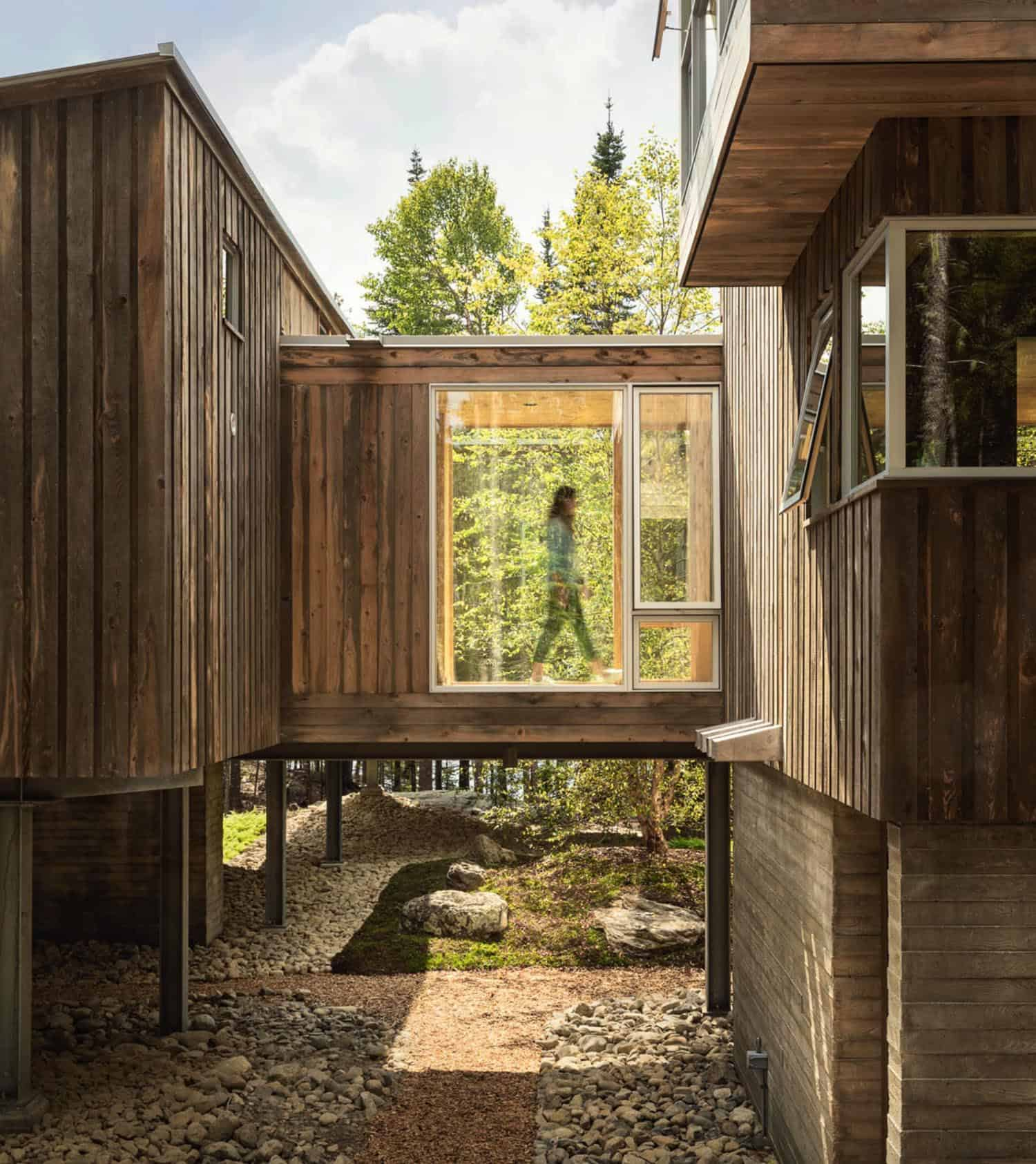 rustic-modern-cabin-retreat-exterior