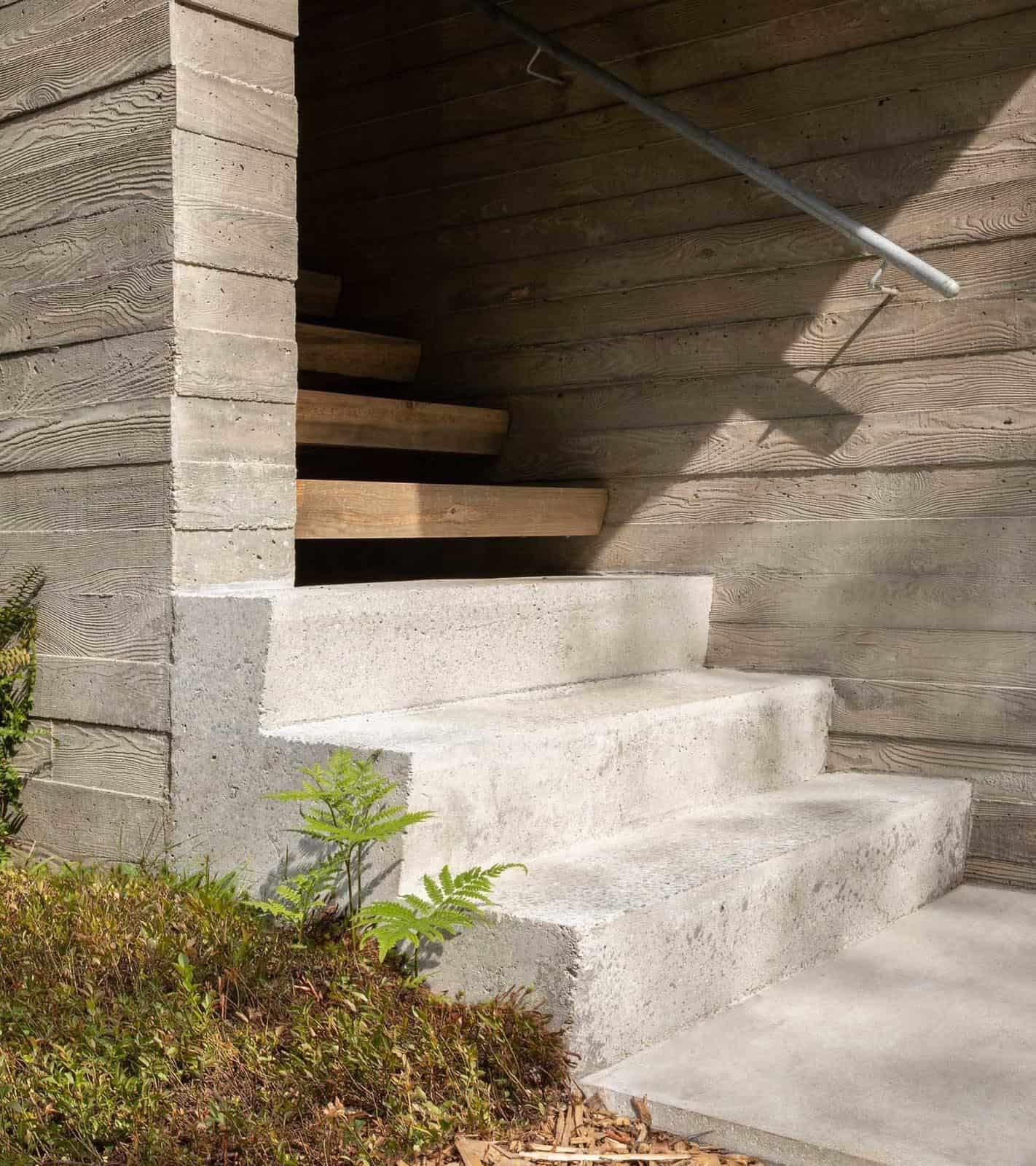 modern-staircase-exterior
