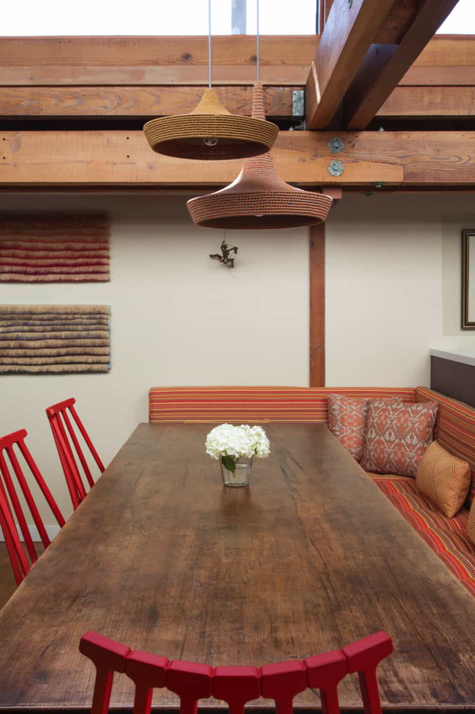 houseboat-eclectic-dining-room