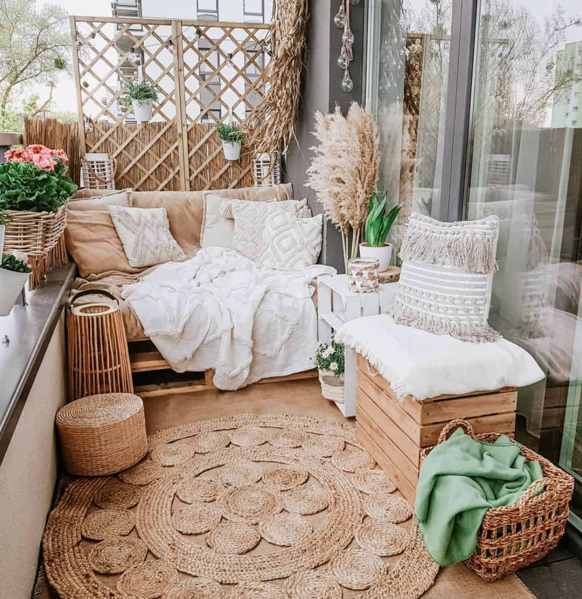 apartment-balcony-idea-with-cozy-seating