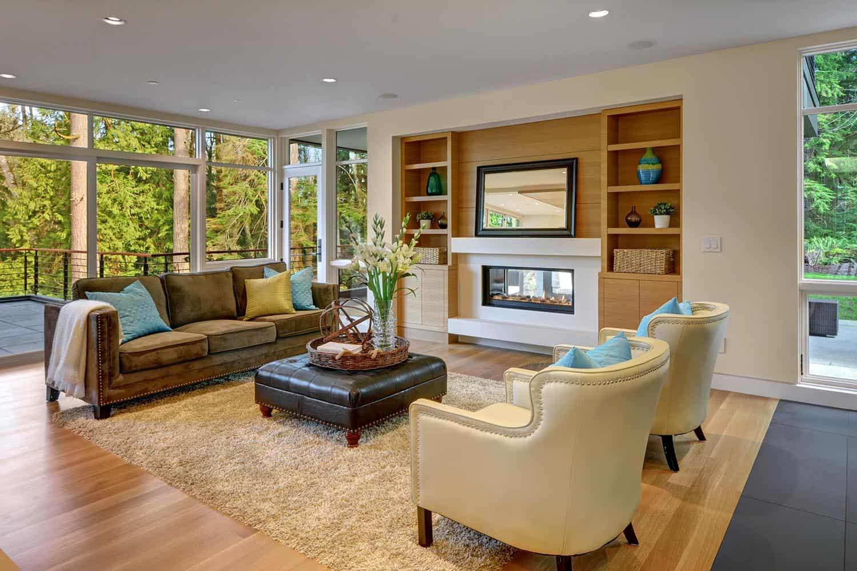 contemporary-pavilion-house-family-room