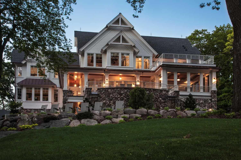 farmhouse-lakeside-retreat-exterior