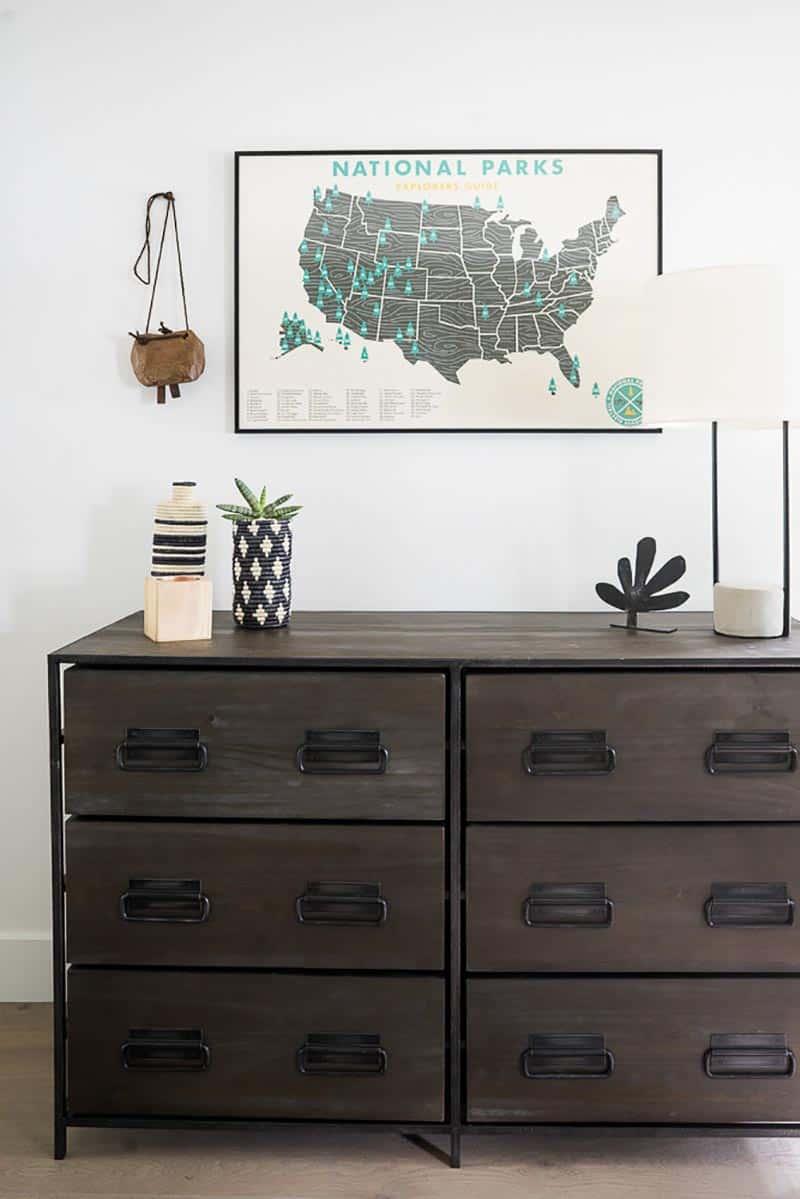 farmhouse-bedroom-dresser