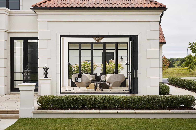 modern-mediterranean-home-exterior