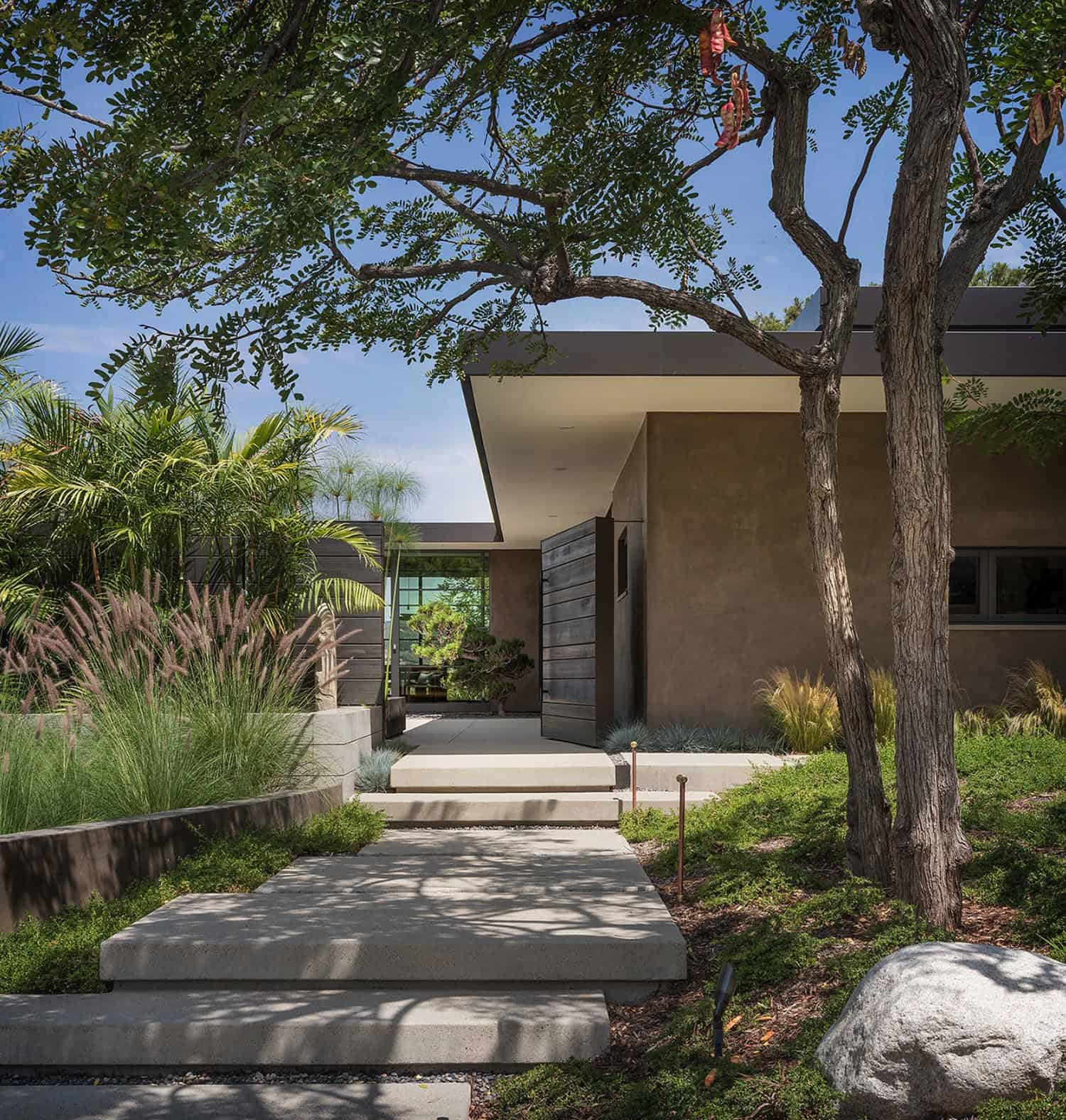 midcentury-home-exterior