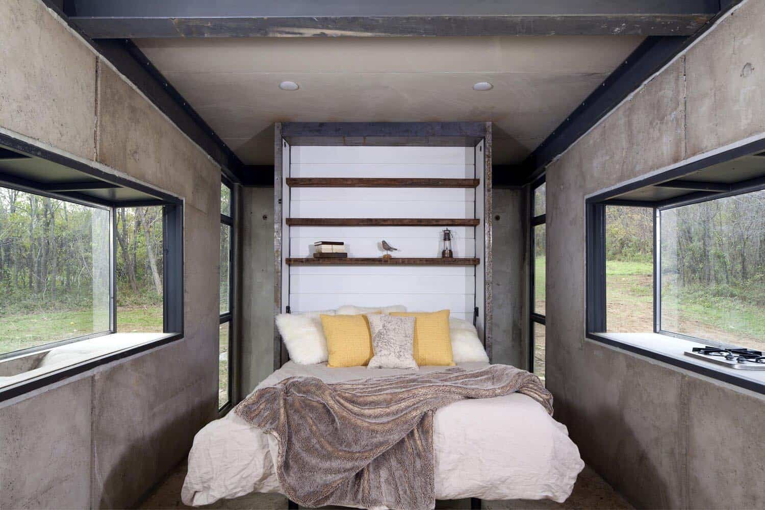 concrete-cabin-bedroom