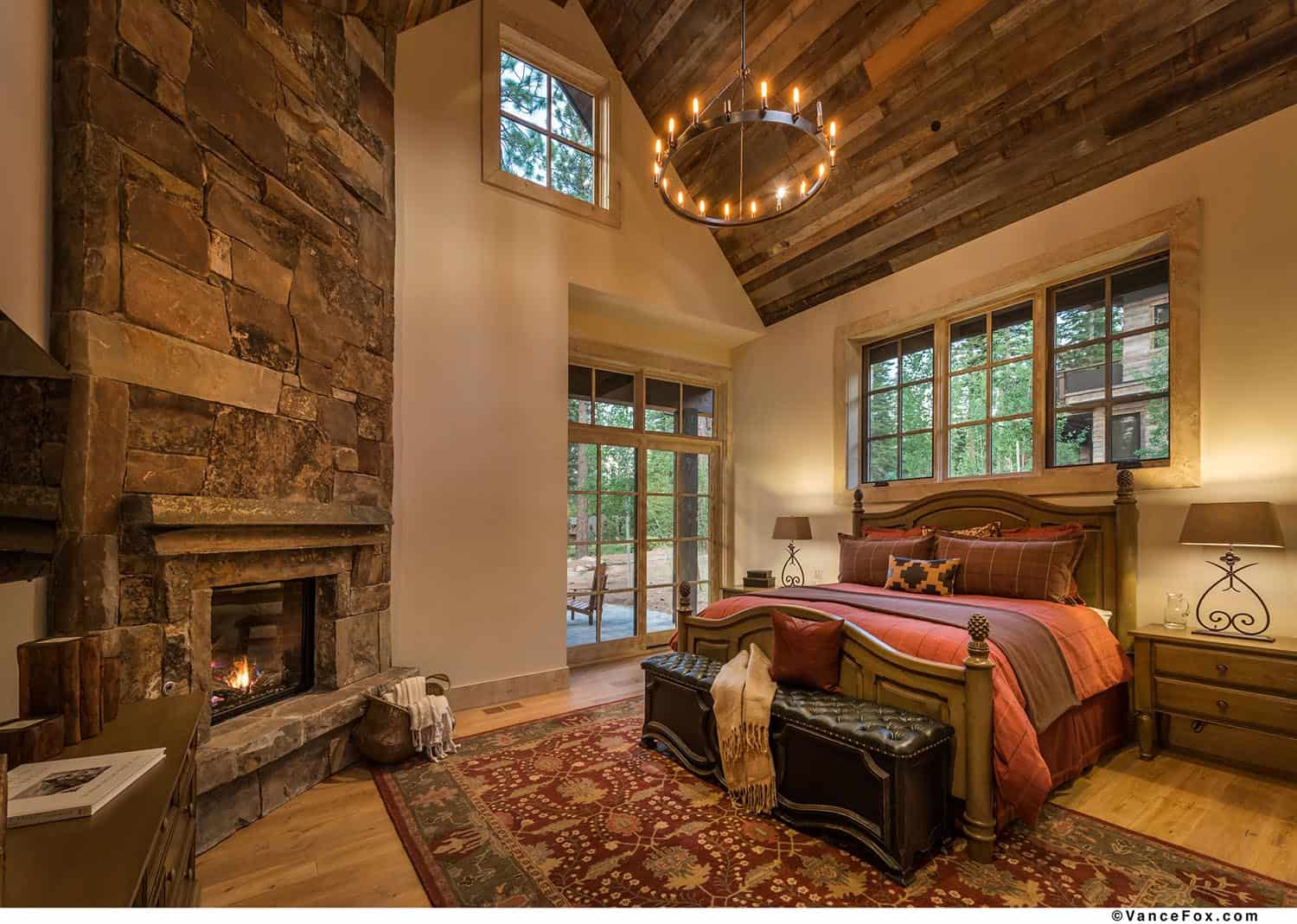 mountain-retreat-rustic-bedroom