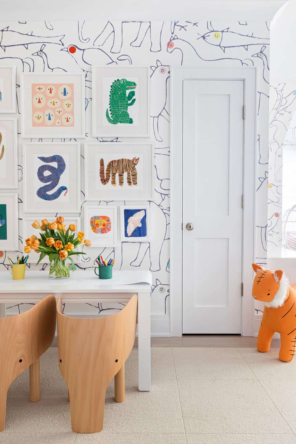 traditional-kids-playroom