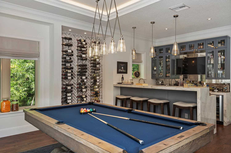 beach-style-home-bar-game-room