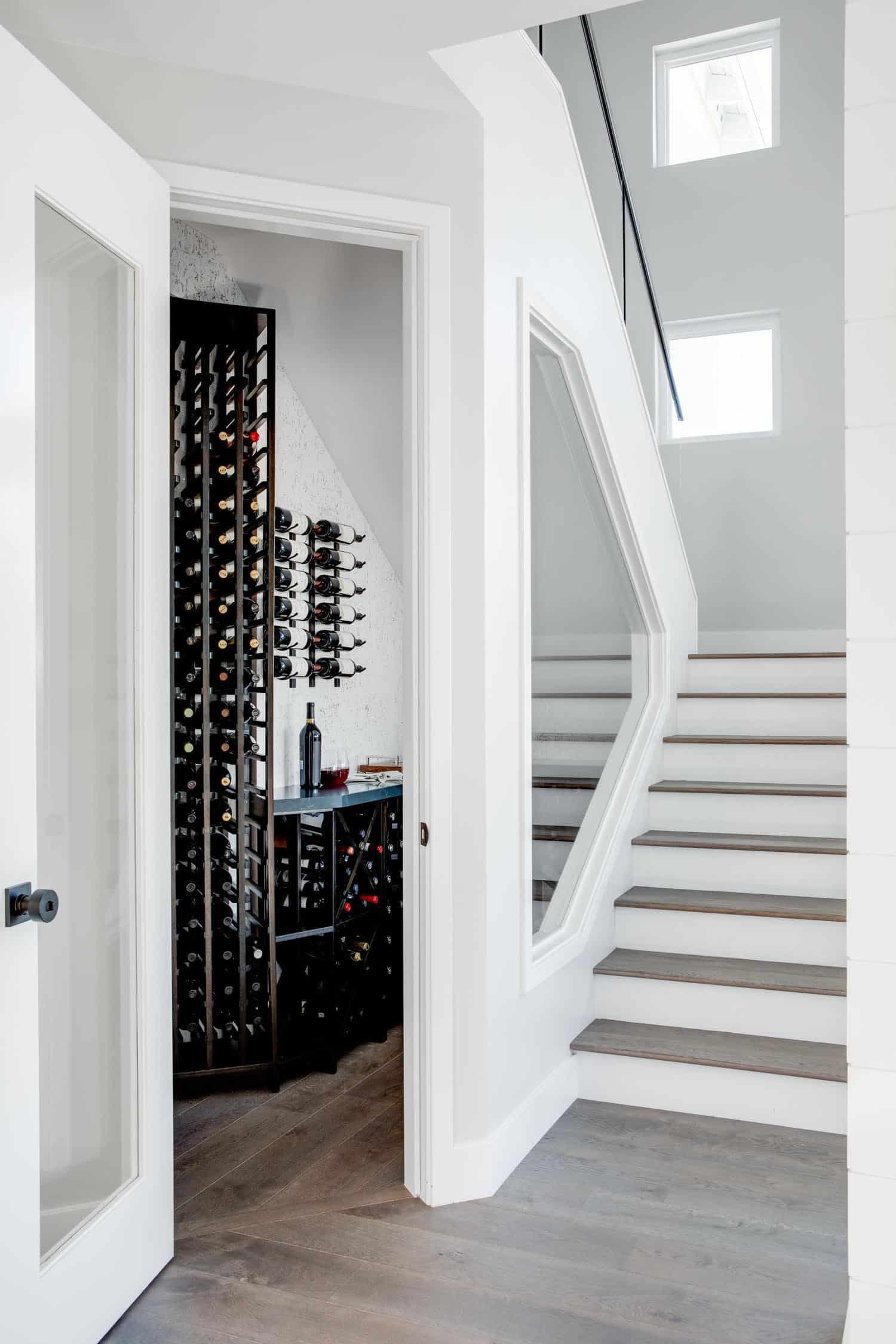 coastal-contemporary-wine-cellar