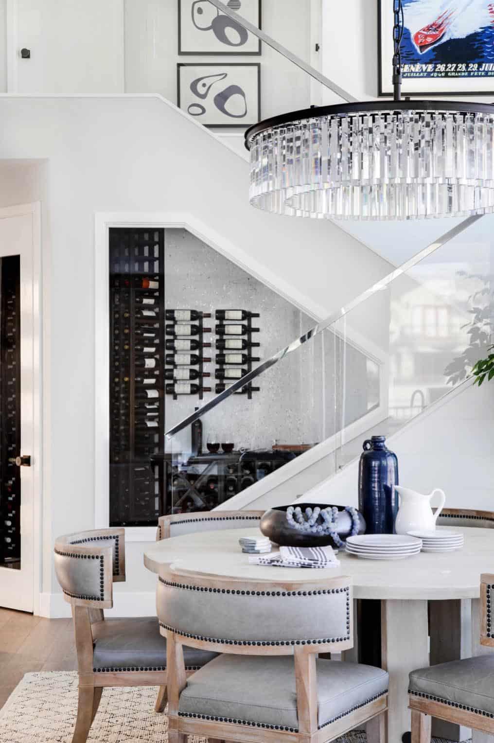 coastal-contemporary-dining-room