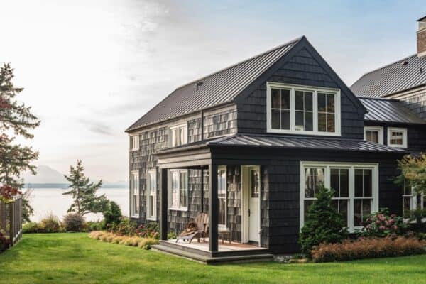 featured posts image for Tour a charming cottage home nestled on the Washington shoreline