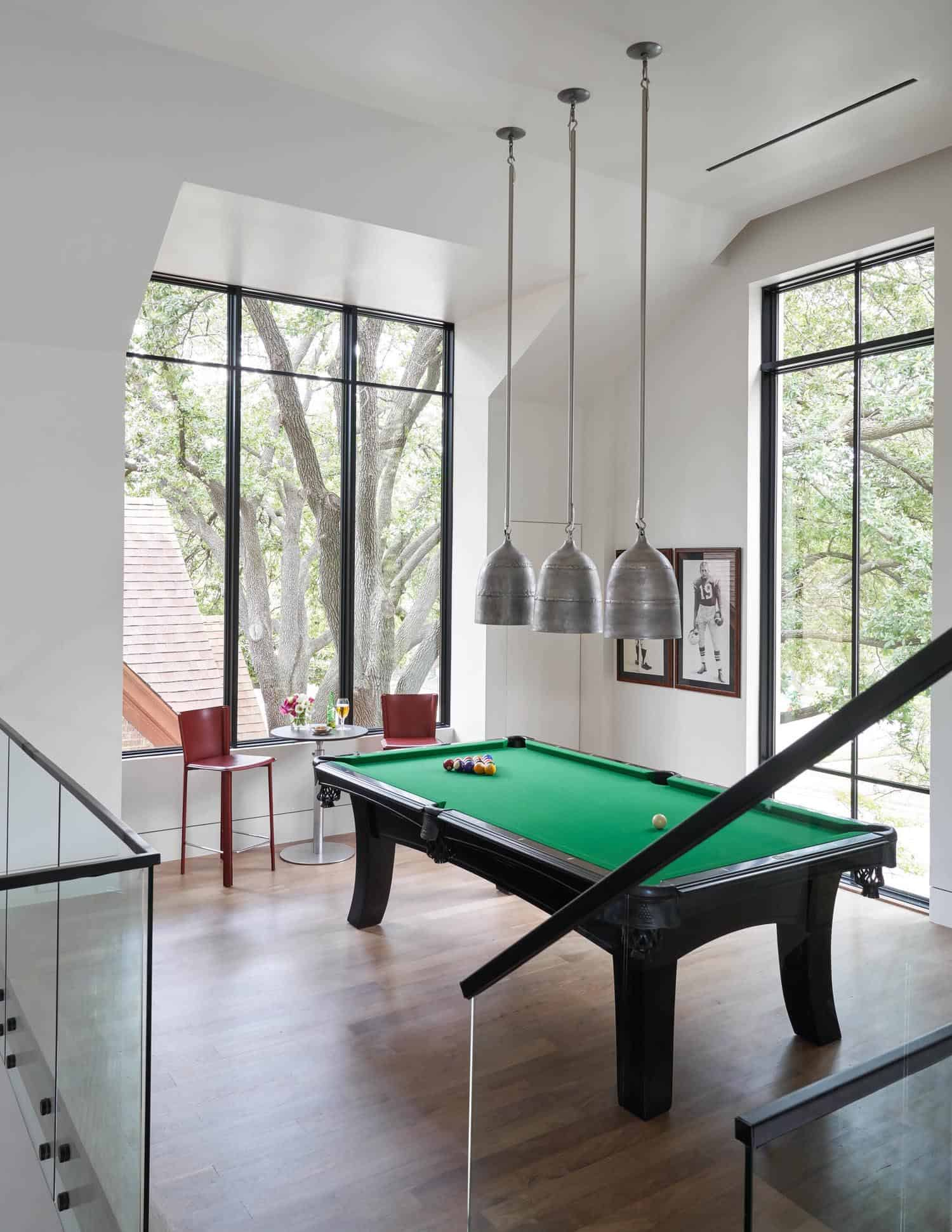 contemporary-empty-nesters-home-game-room
