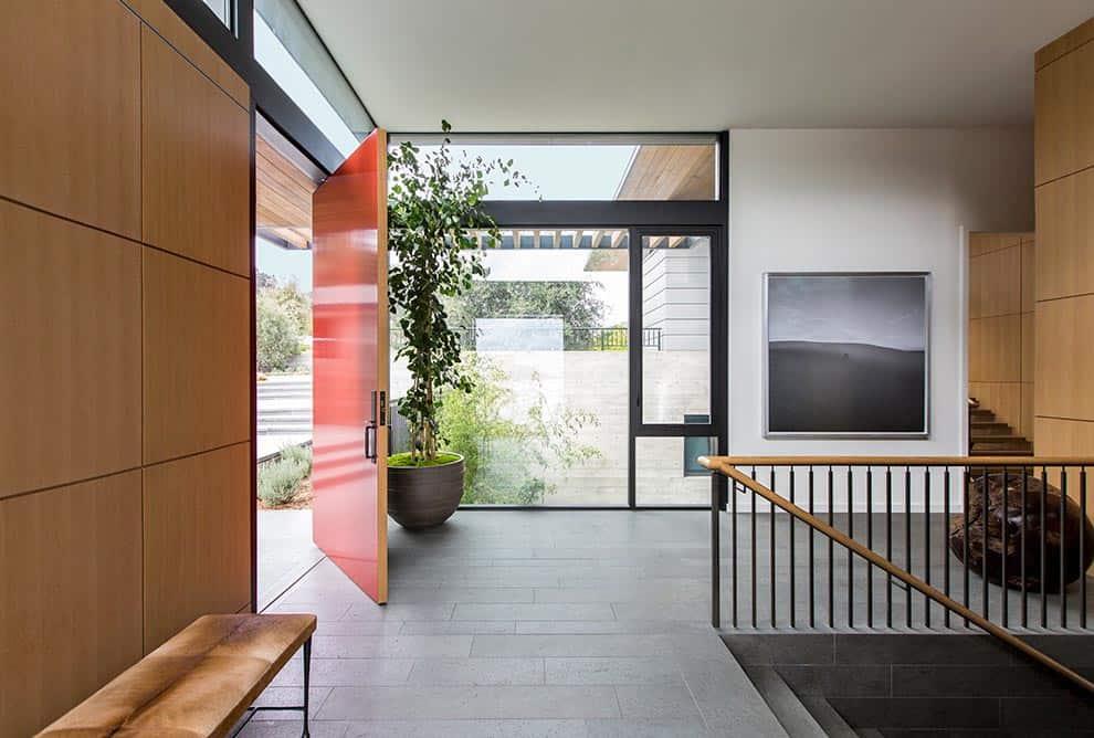 contemporary-entry