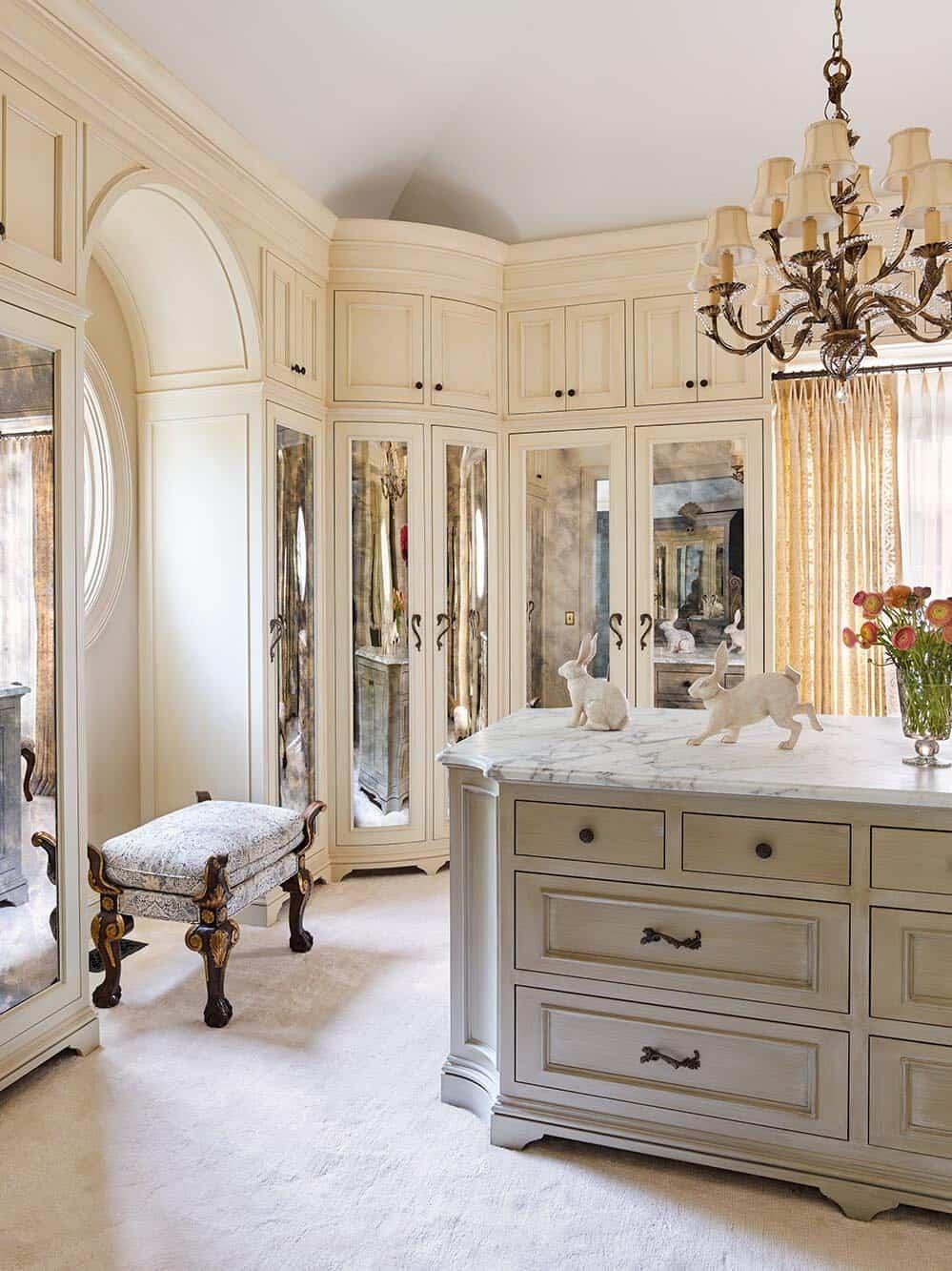 victorian-master-closet