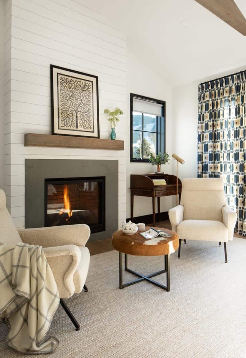 modern-farmhouse-bedroom-sitting-area