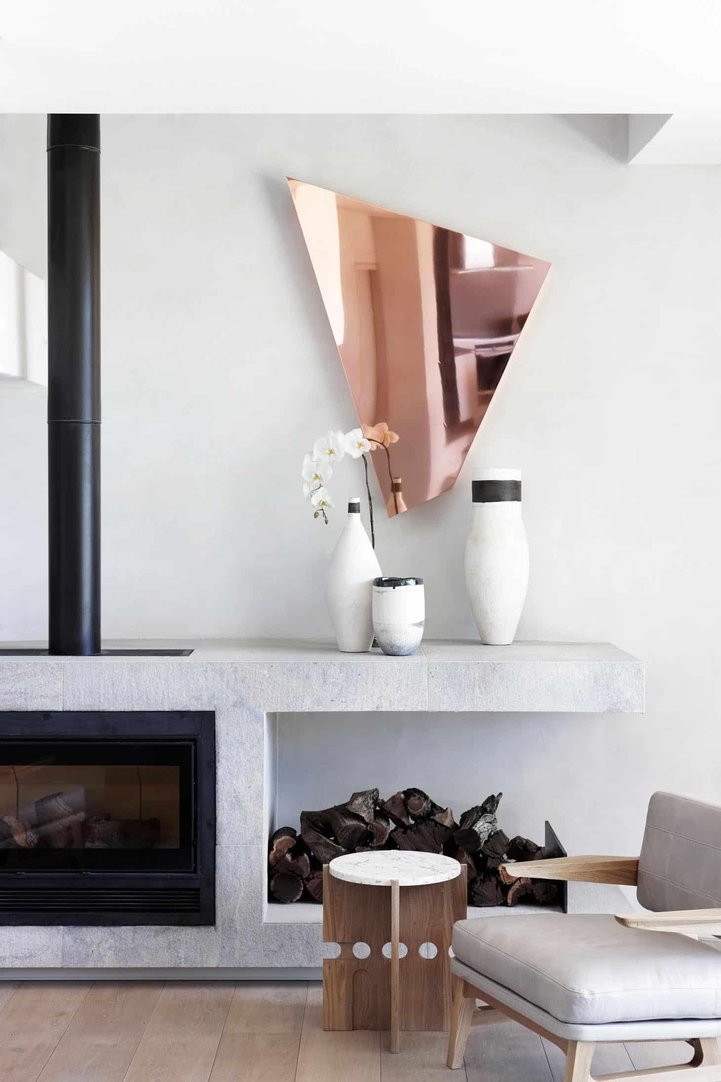 seaside-home-fireplace
