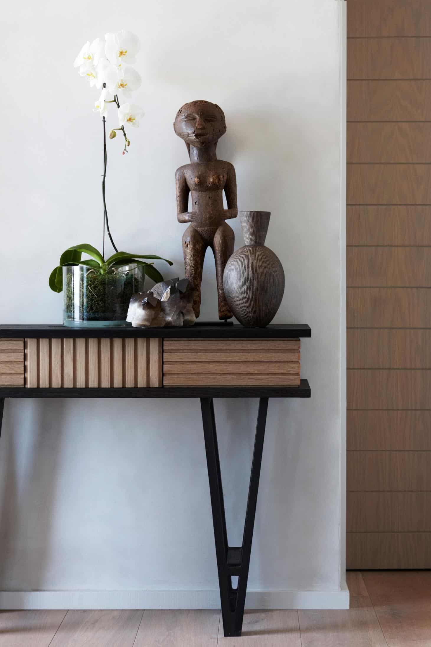 seaside-home-console-table