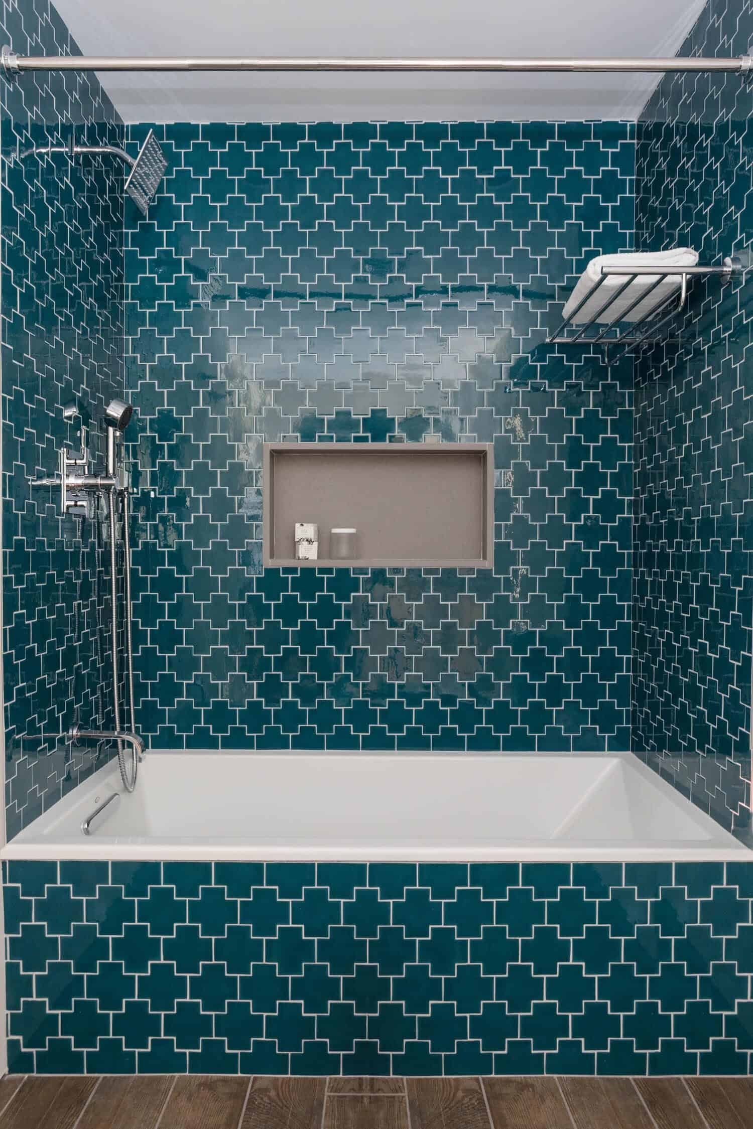 mid-century-bathroom-shower-tub