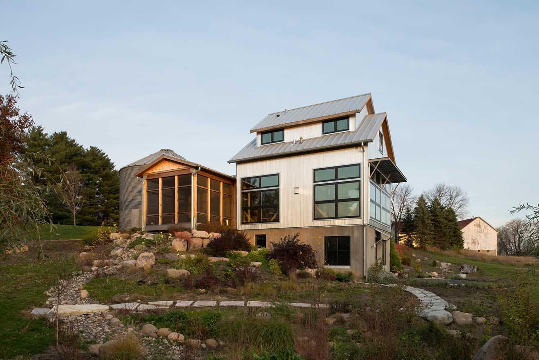 upcycled-granary-exterior