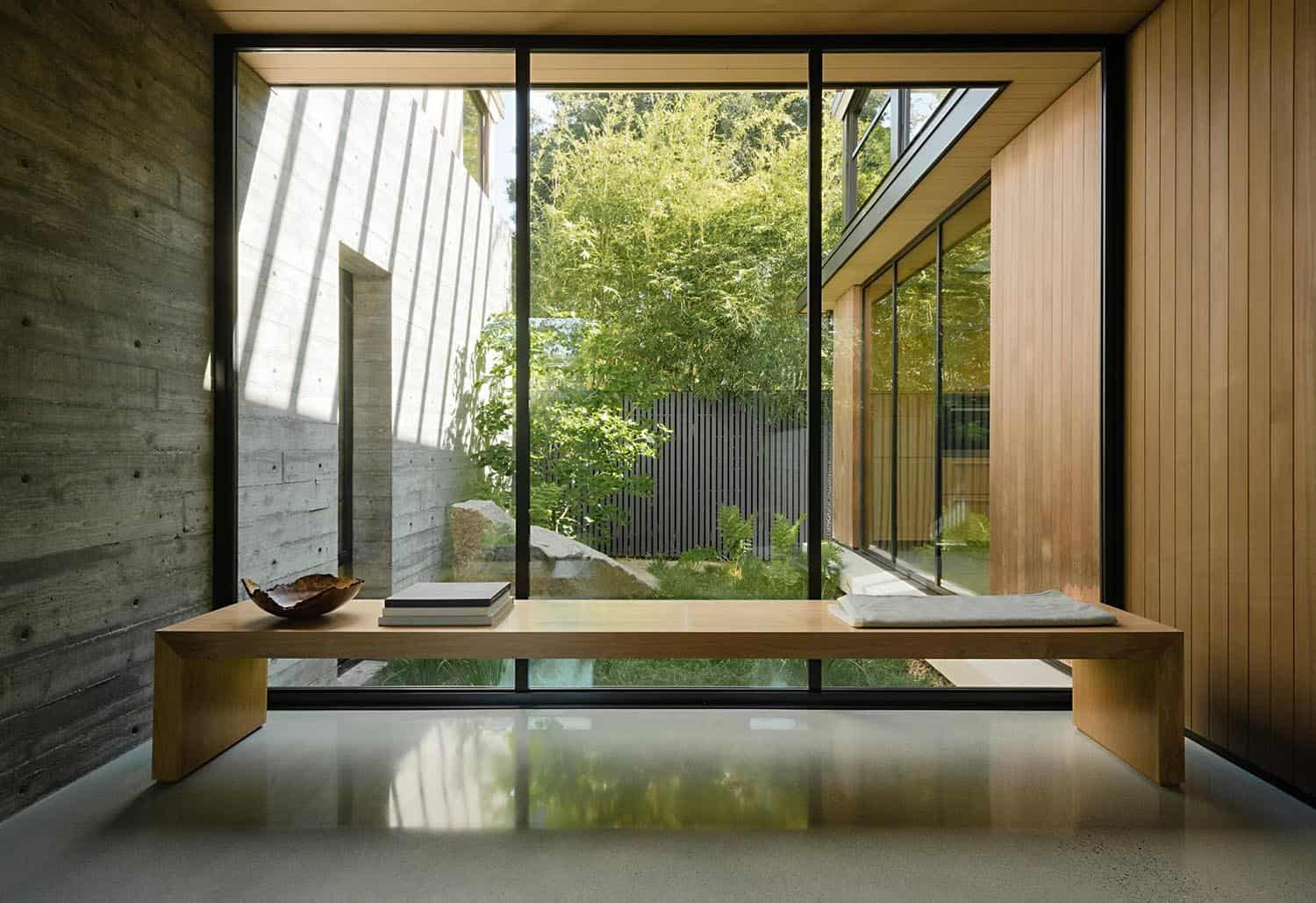 modern-hall-window-seat