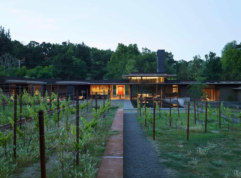 modern-net-zero-home-exterior
