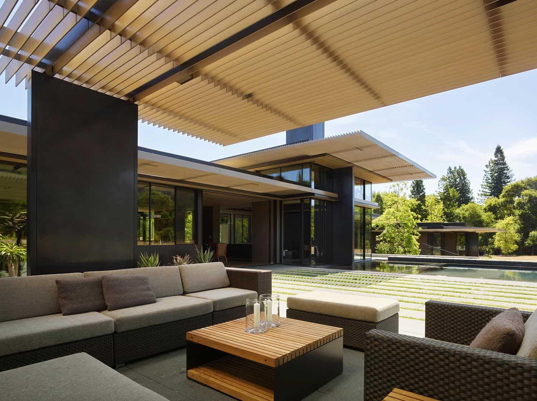 modern-net-zero-home-patio