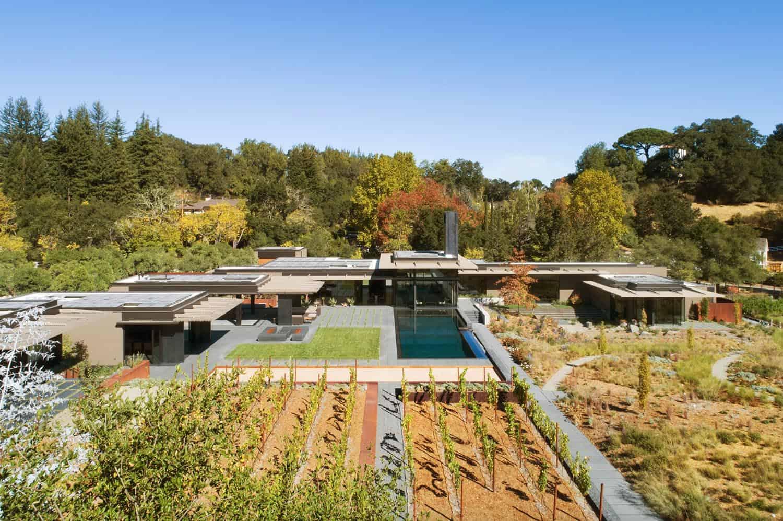 modern-net-zero-home-swimming-pool
