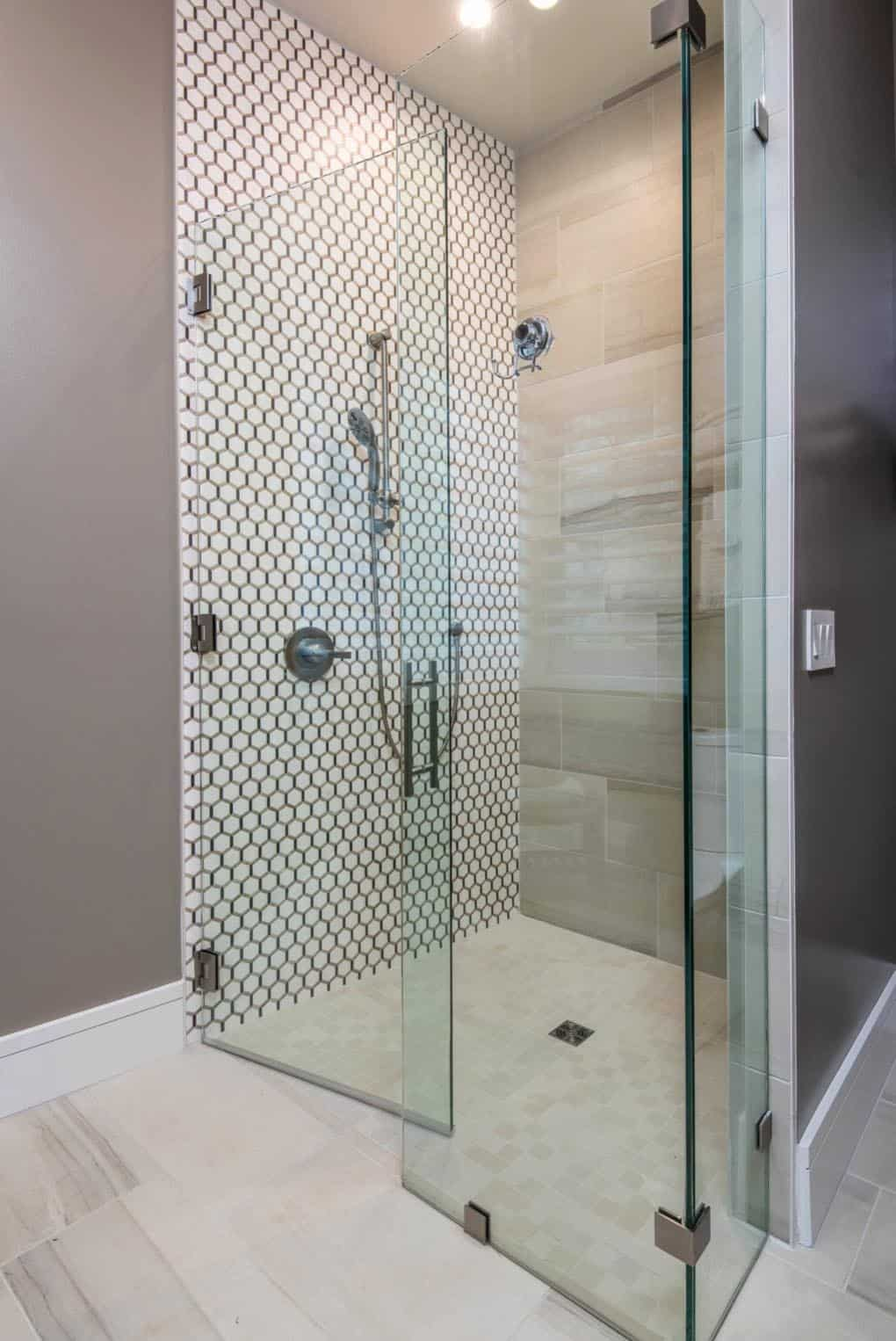 contemporary-bathroom-shower