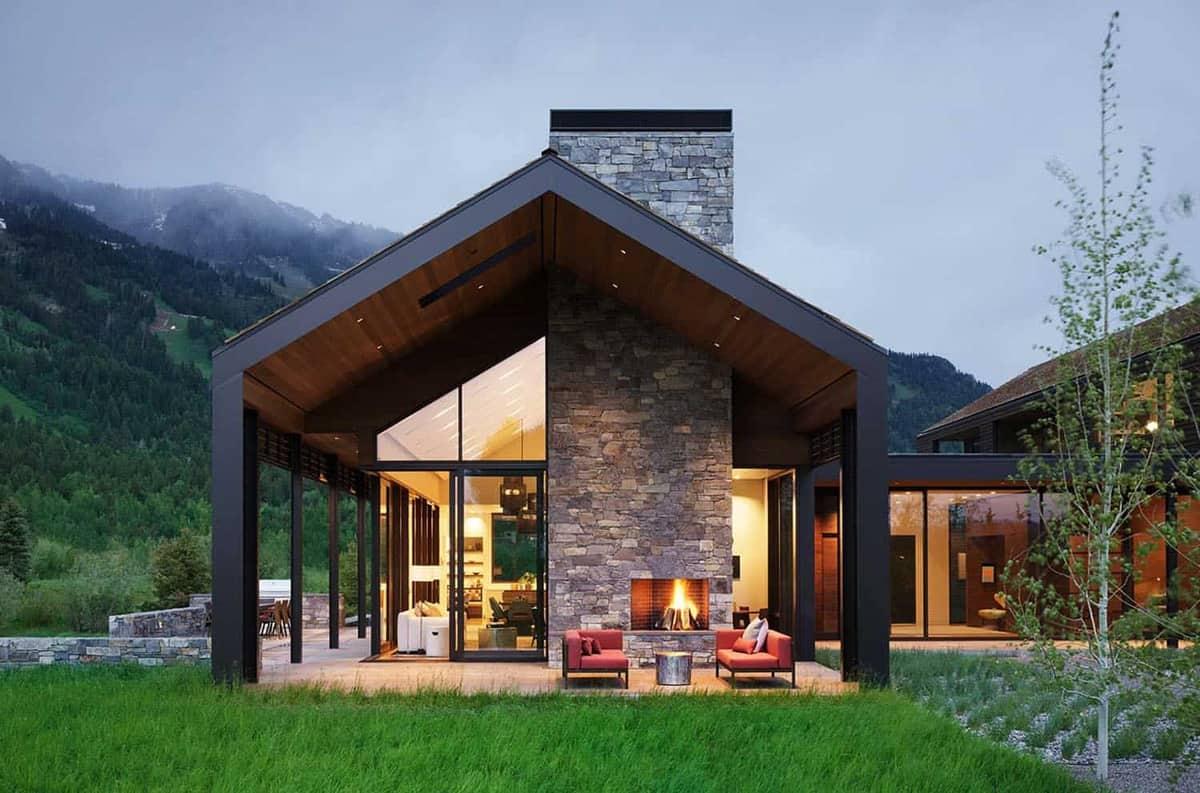 rustic-home-exterior-patio