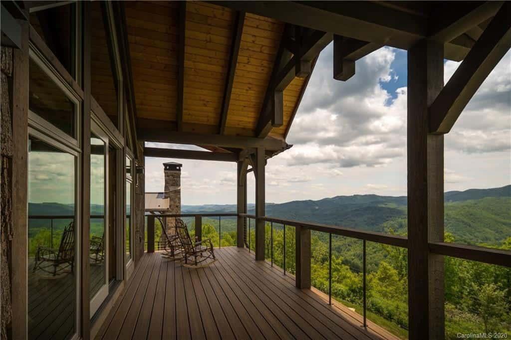 mountain-modern-balcony