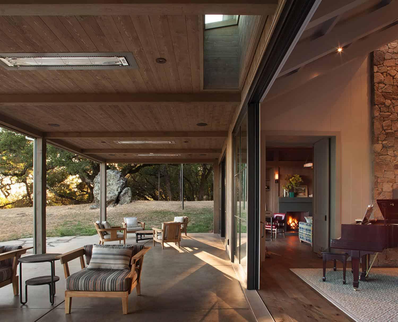 ranch-house-patio
