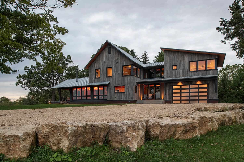 rural-retreat-rustic-exterior
