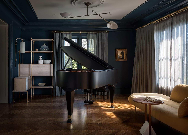 contemporary-piano-room