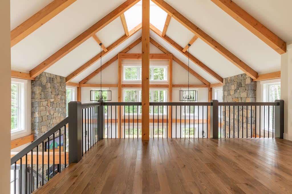 farmhouse-second-level-balcony