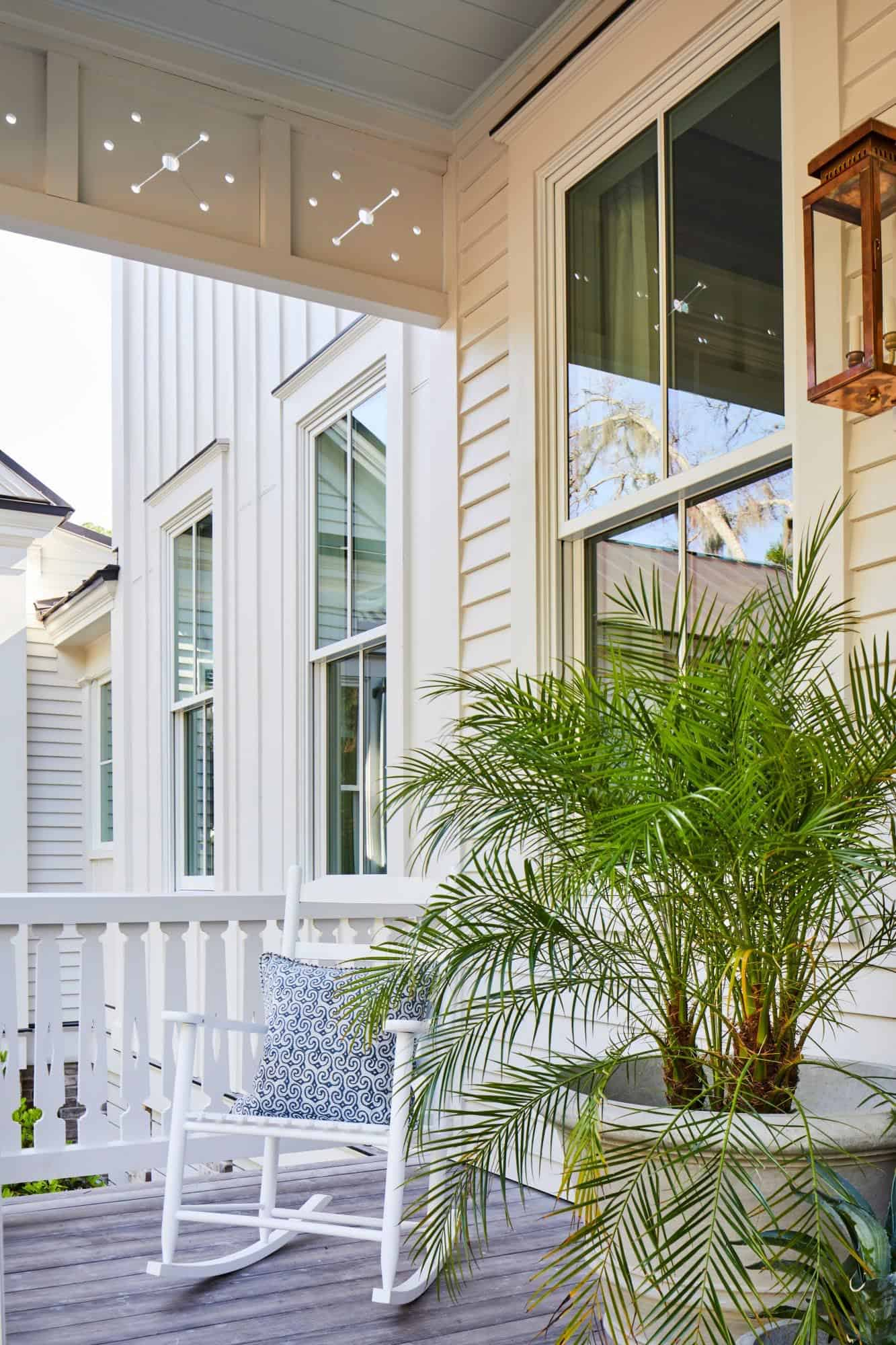 southern-living-idea-house-beach-style-home-porch