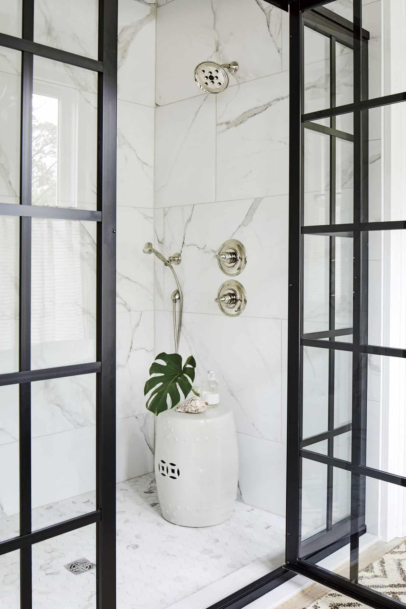beach-style-bathroom-shower