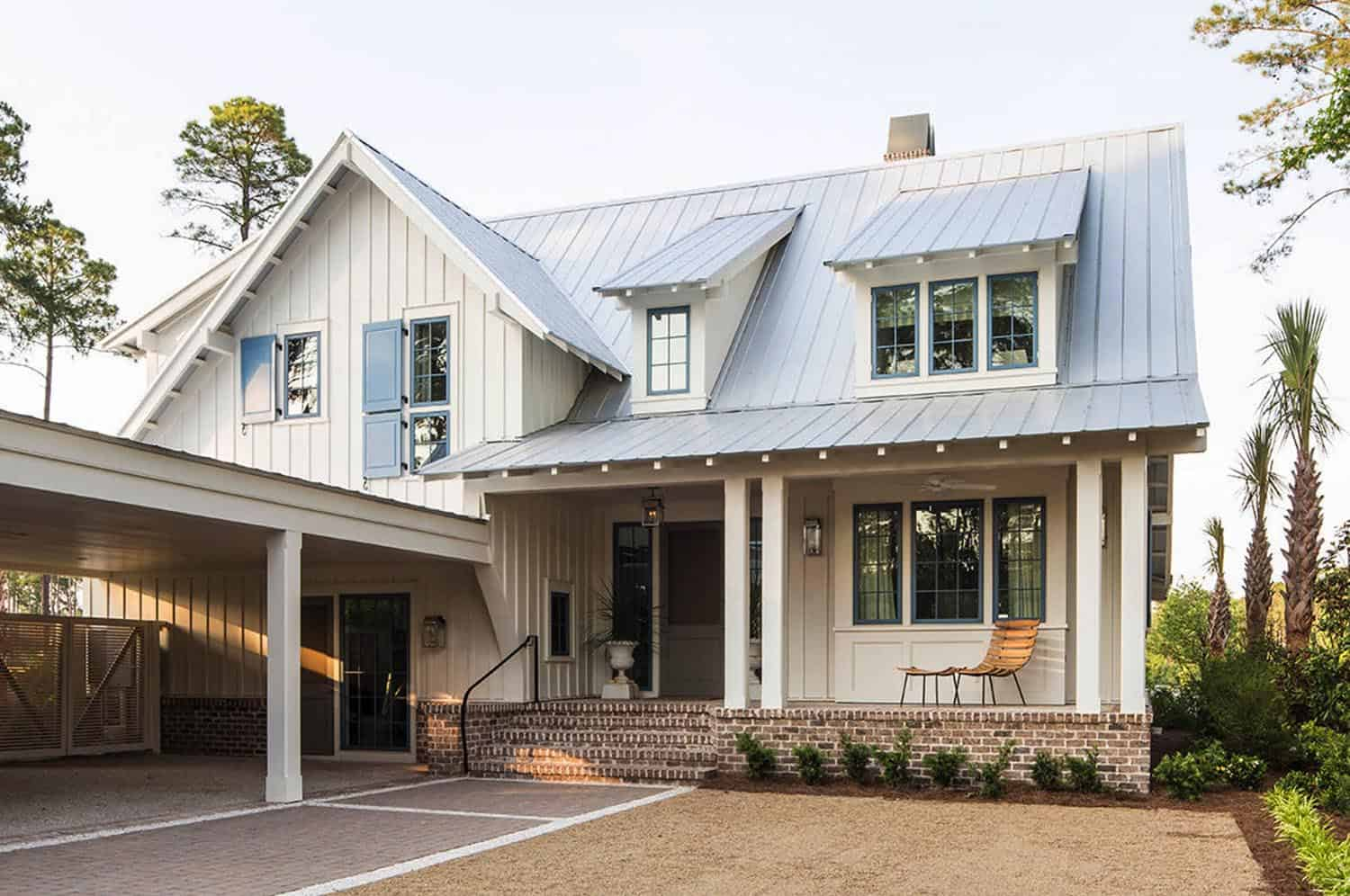 Tour a cozy beach style home with ultra-inspiring details in South Carolina