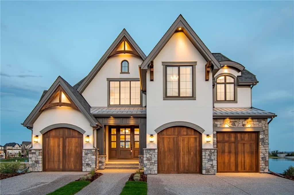 Tour this Canadian lakefront contemporary home with outstanding details