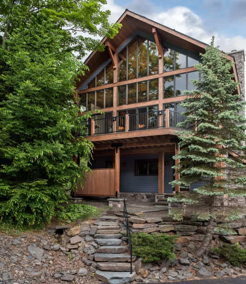 Mountainside ski home nestled in the breathtaking Catskill Mountains