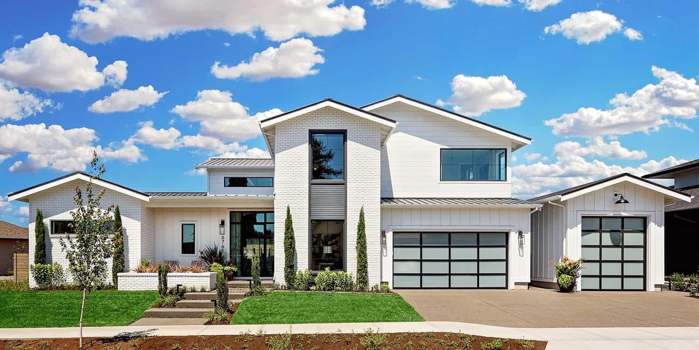 farmhouse-style-house-exterior