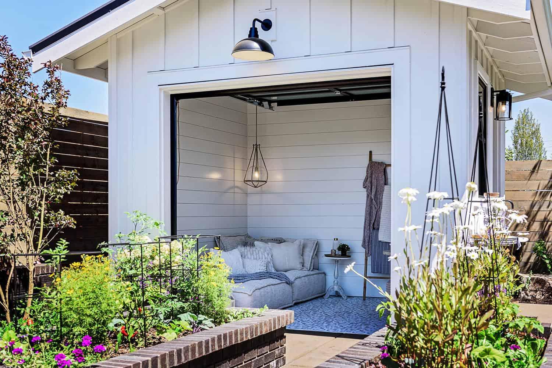 farmhouse-shed