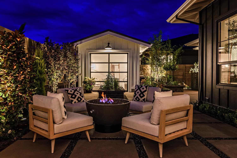 farmhouse-style-house-patio-fire-pit