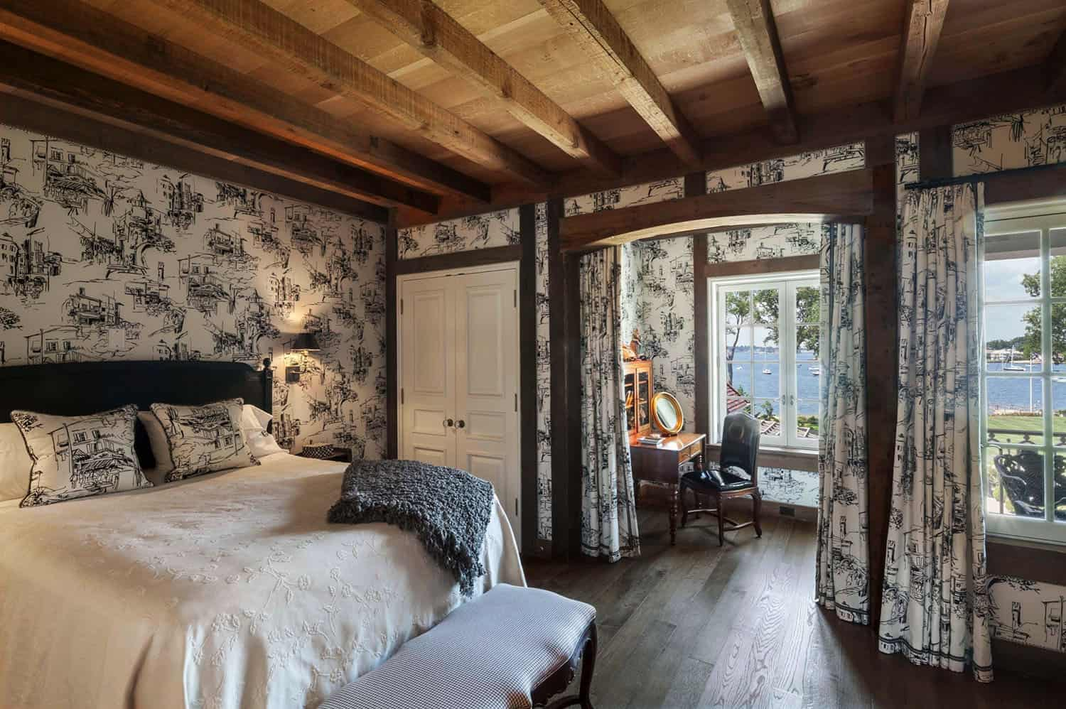 french-eclectic-bedroom