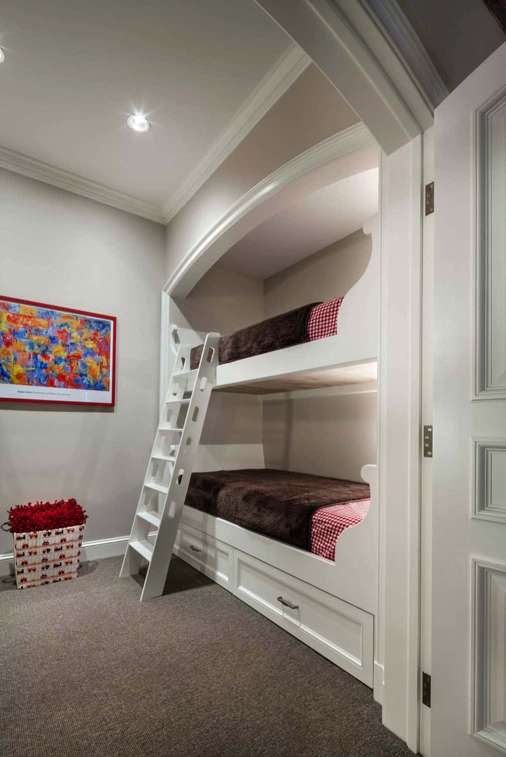 eclectic-kids-bunk-bedroom