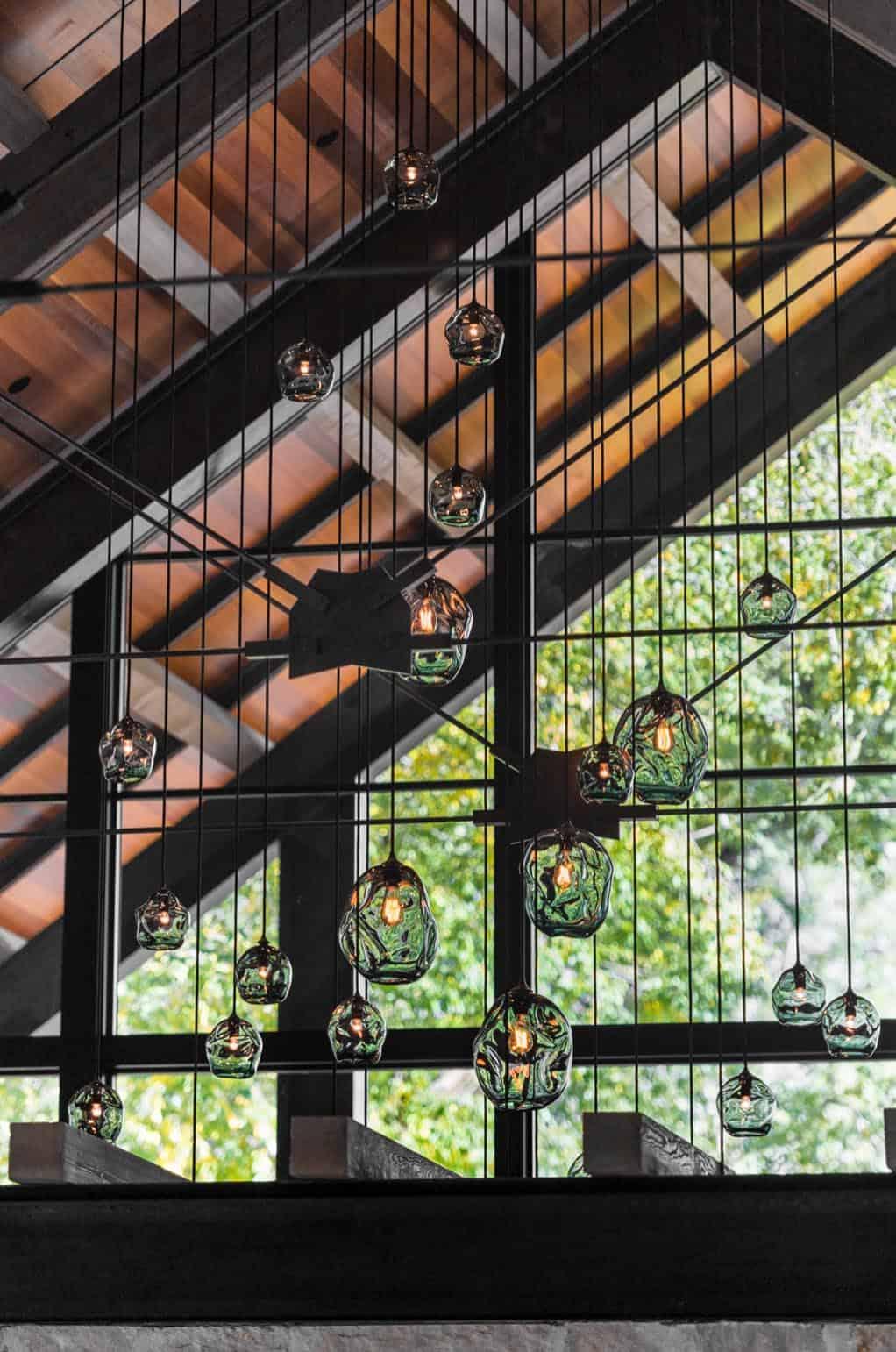 contemporary-ceiling-detail