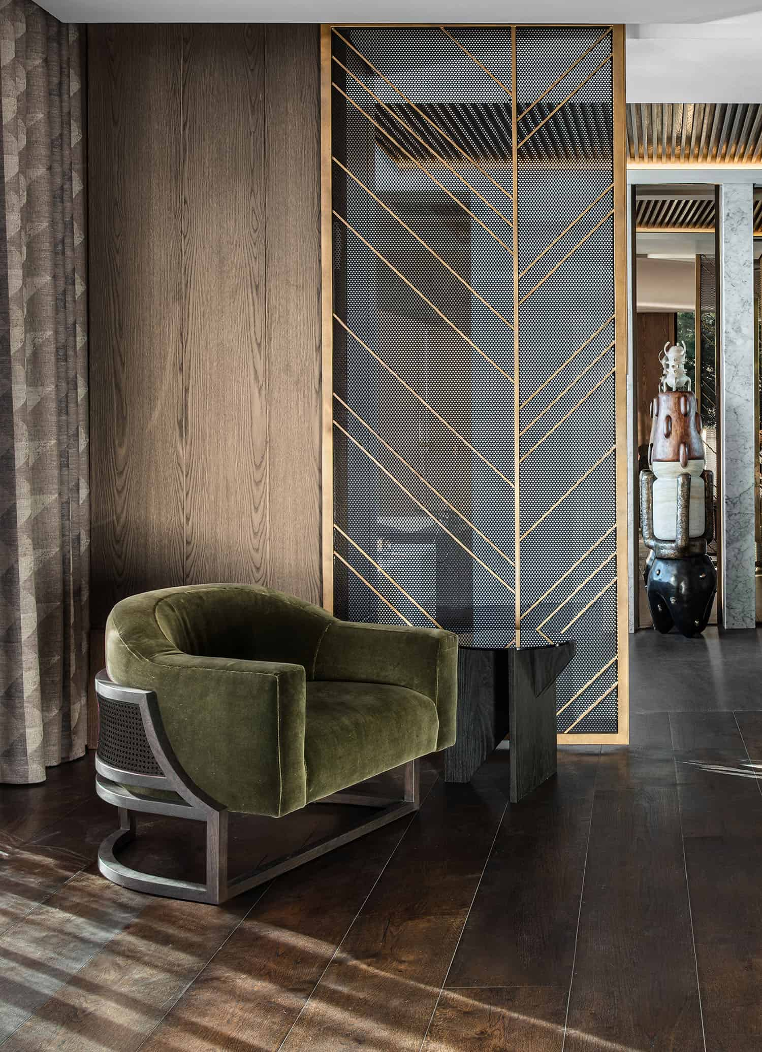 luxury-penthouse-villa-bedroom